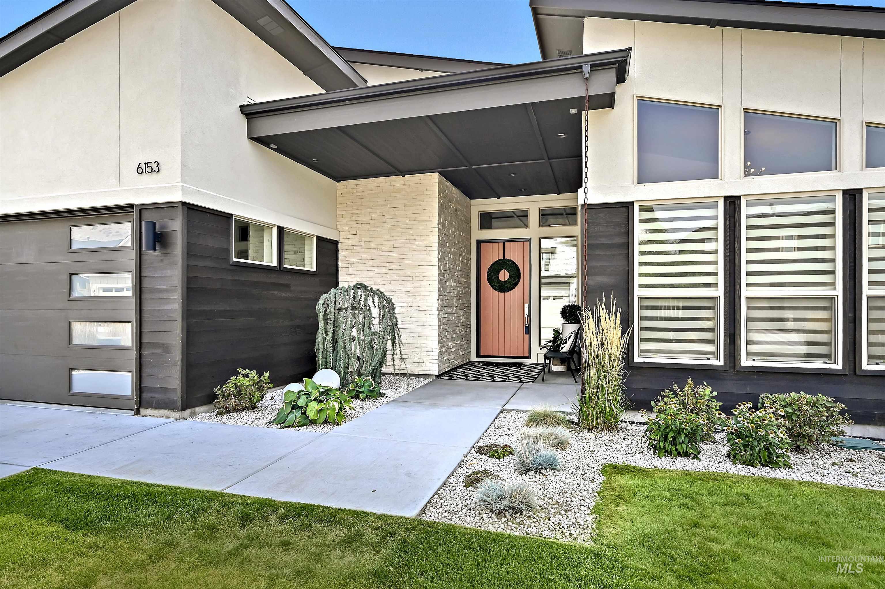 6153 W Baron Street Property Photo