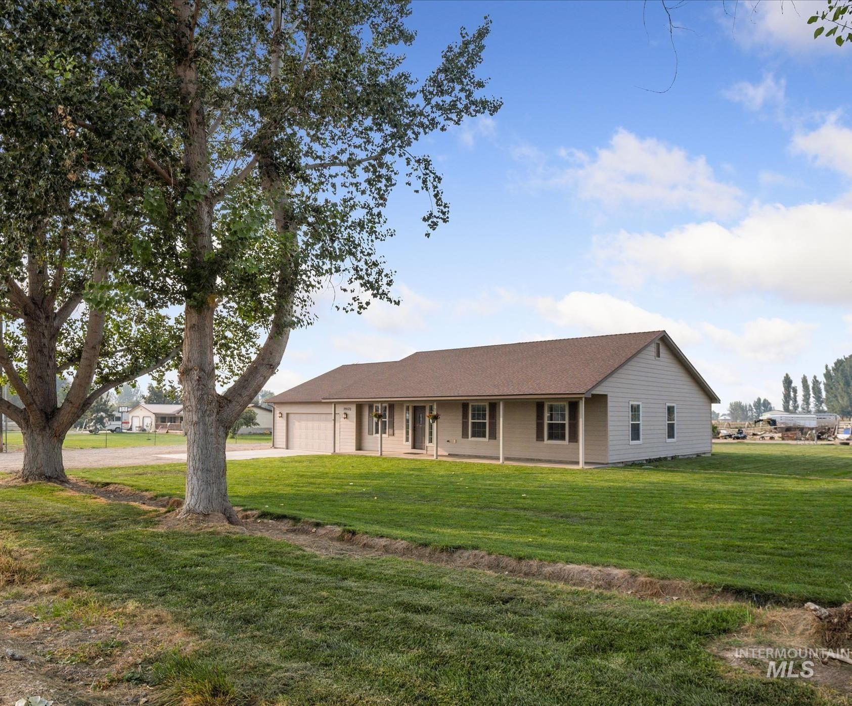 29520 Fisk Rd Property Photo