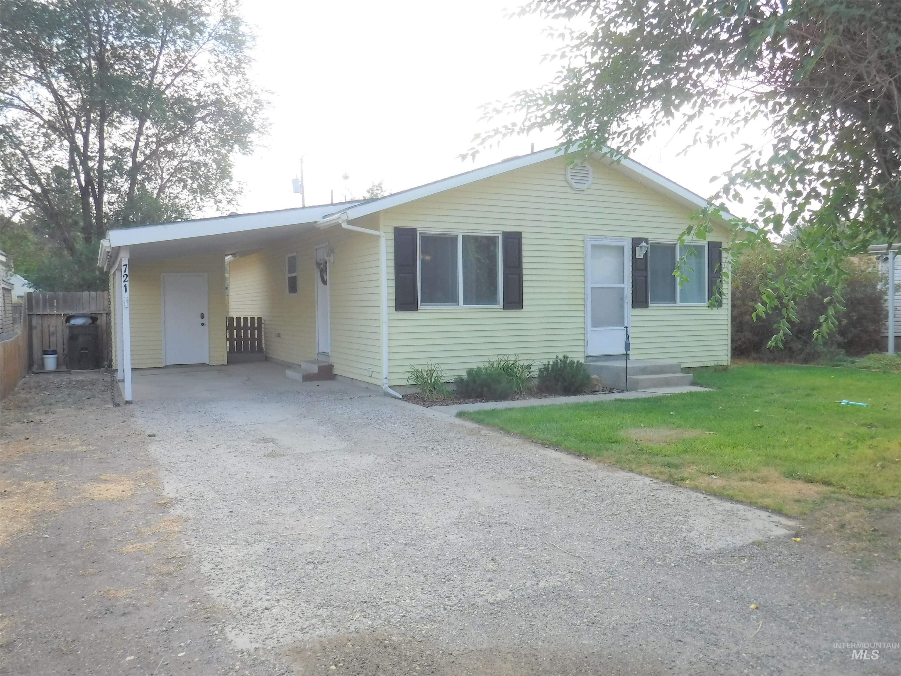721 Union Ave Property Photo 1