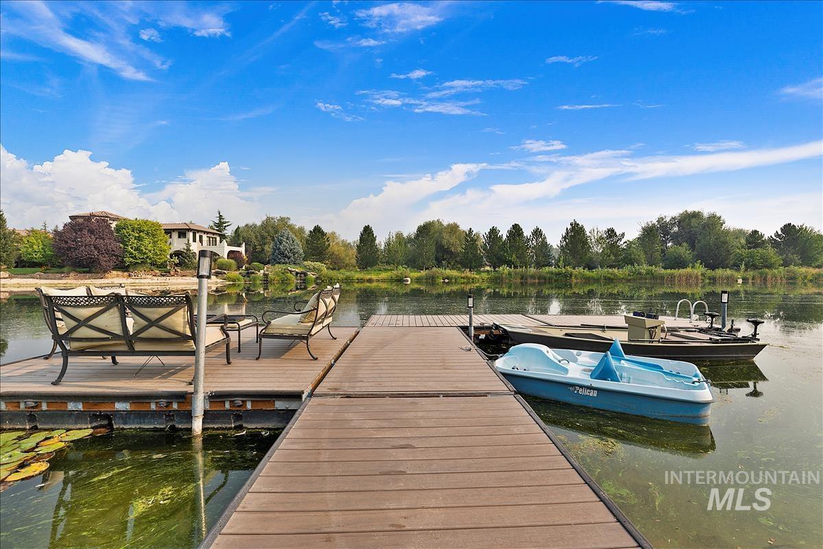 512 E Laguna Shore Ln. Property Photo 40