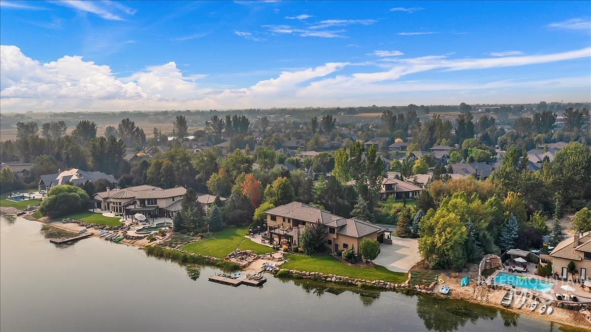 512 E Laguna Shore Ln. Property Photo 47