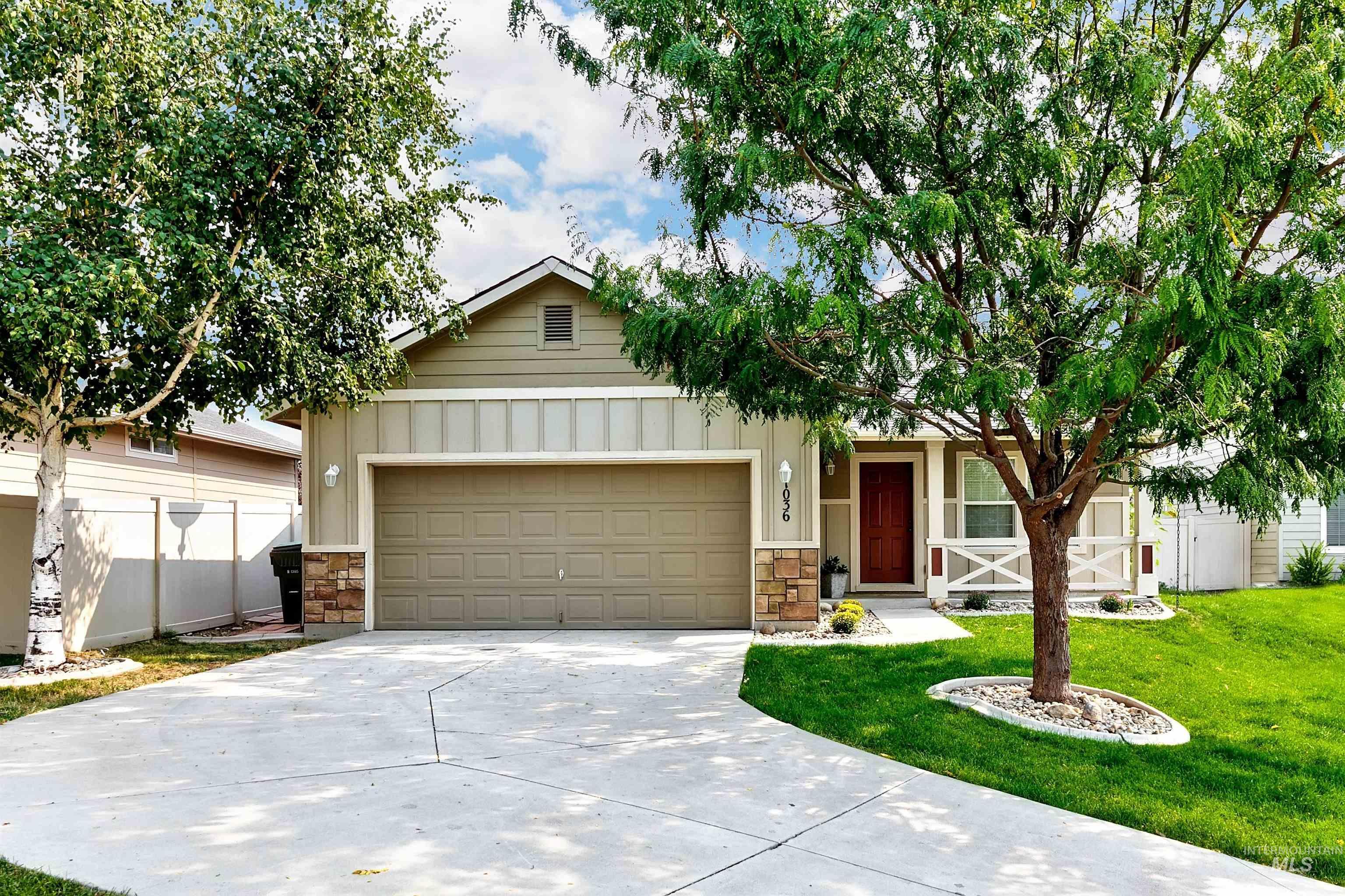 1036 W Pebblestone Property Photo