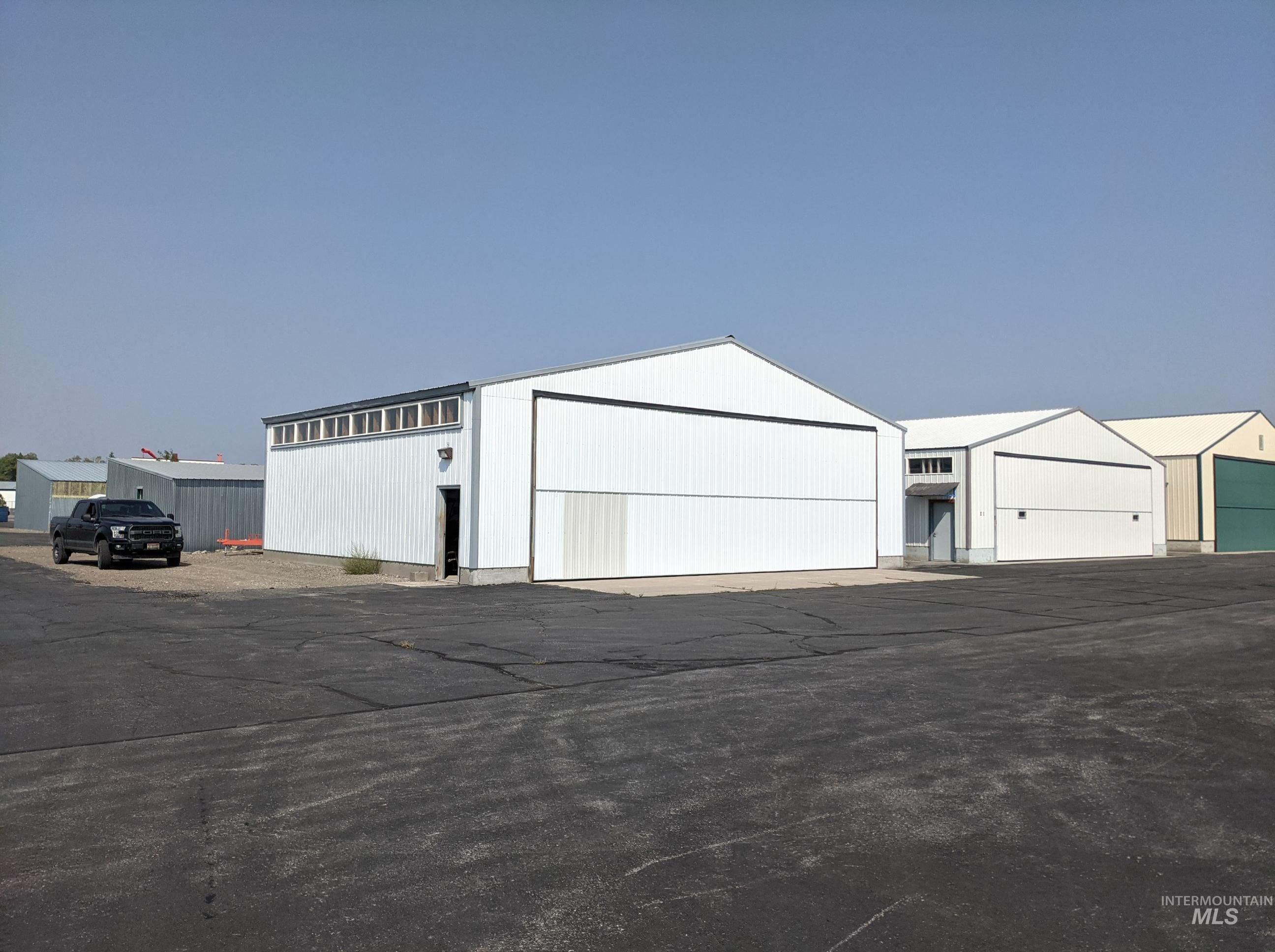 2390 Airport Road Property Photo