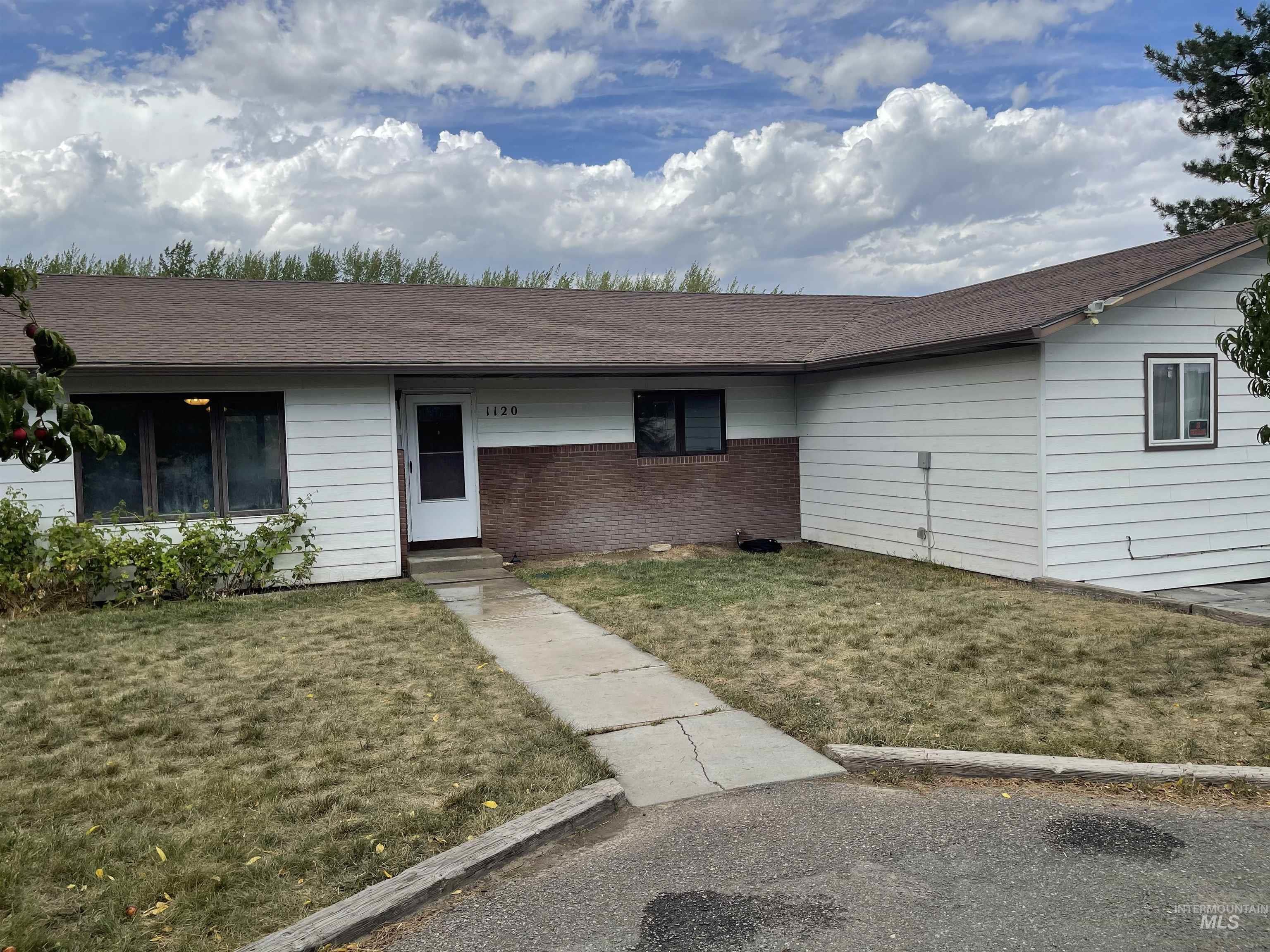 1120 Stevens Ave S Property Photo 1