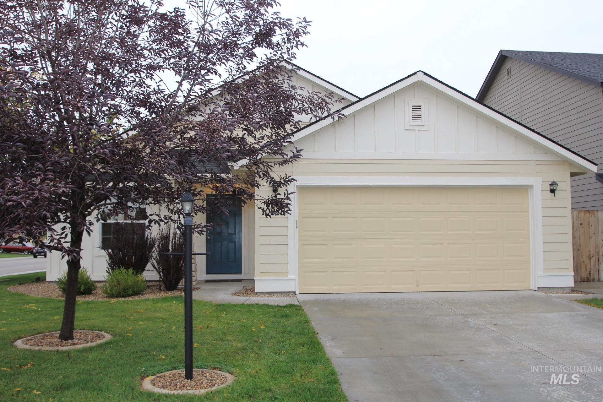 10088 W Littlewood St Property Photo