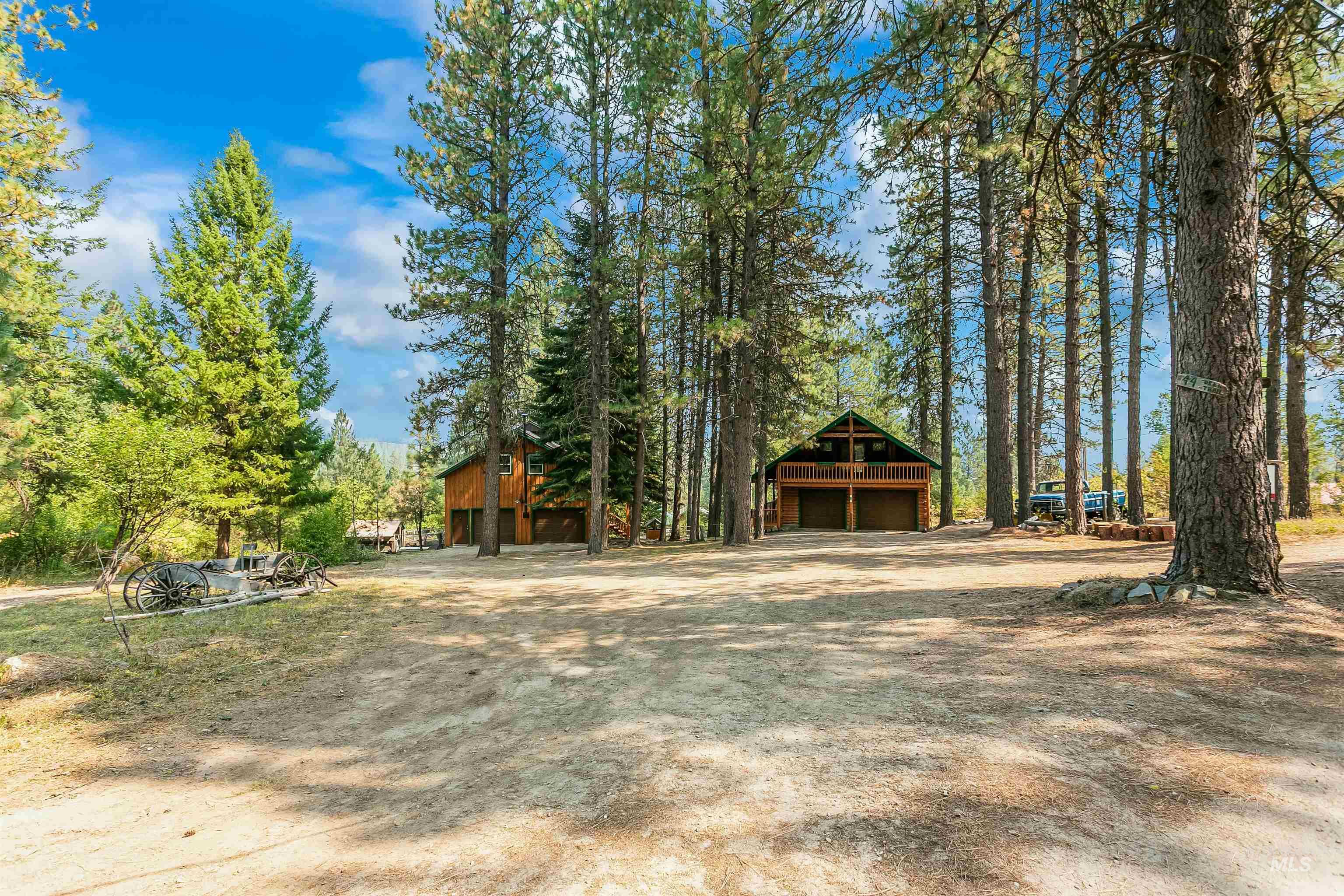 44 Deer Trail Property Photo