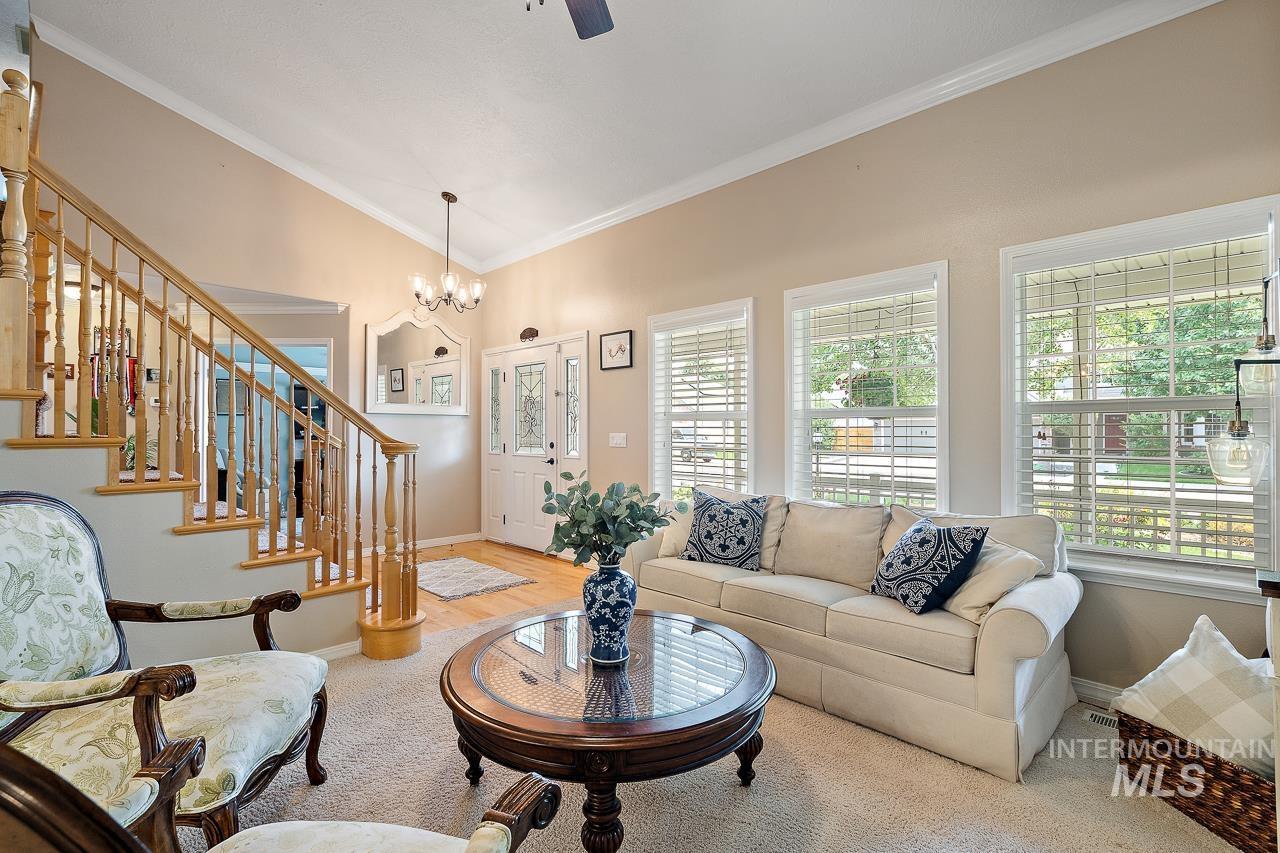 2301 S Georgetown Way Property Photo 6