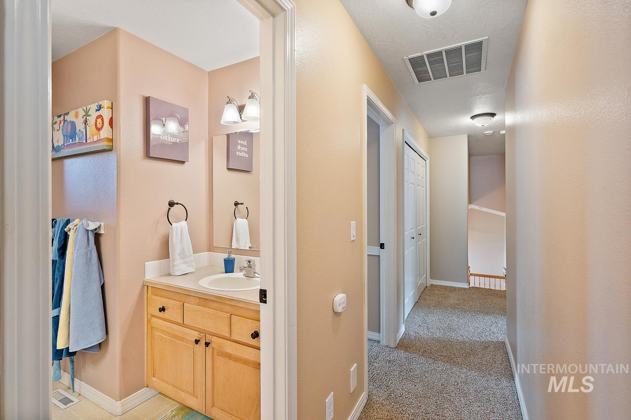 2301 S Georgetown Way Property Photo 34