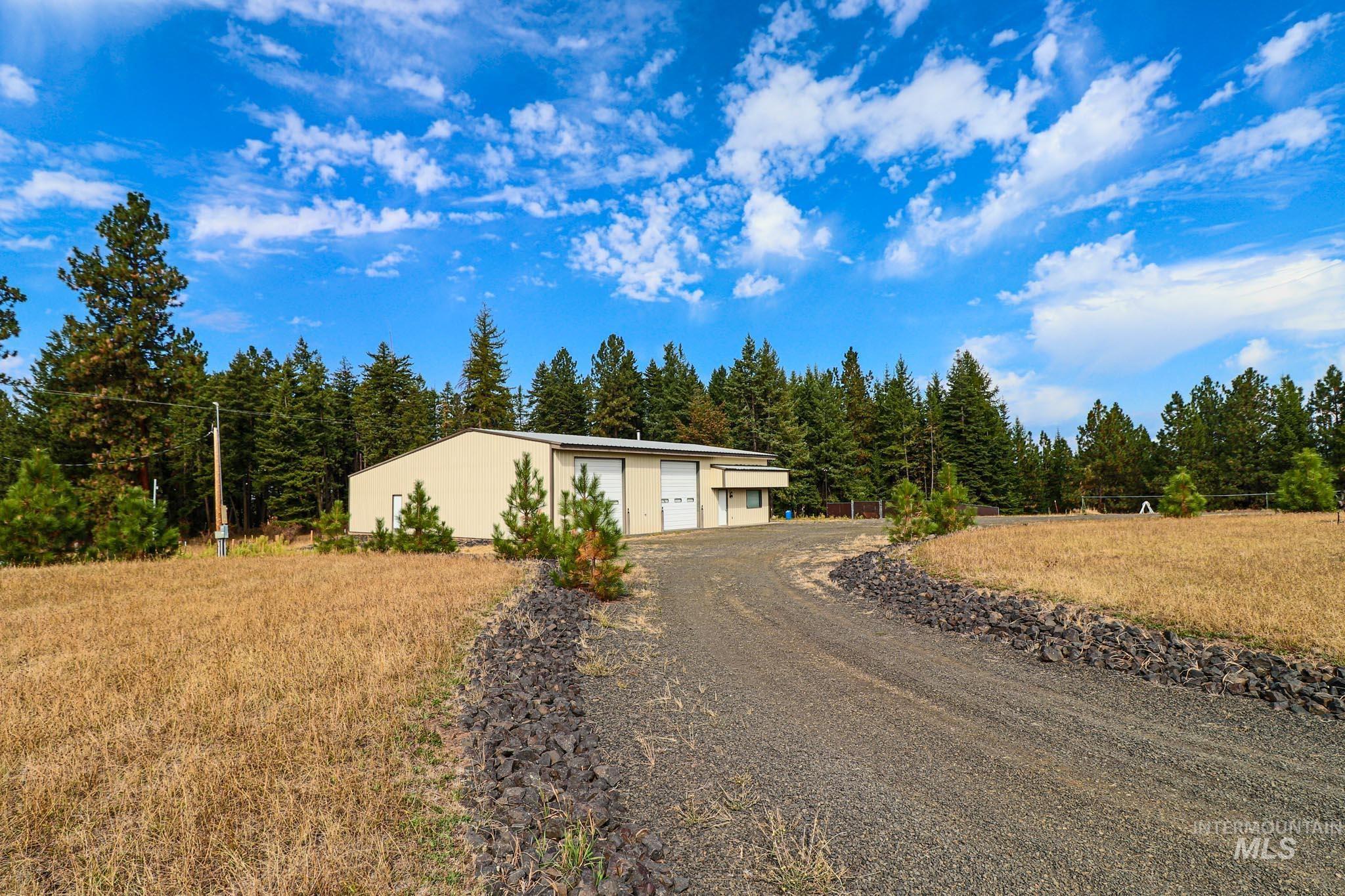 3064 Three Mile Property Photo