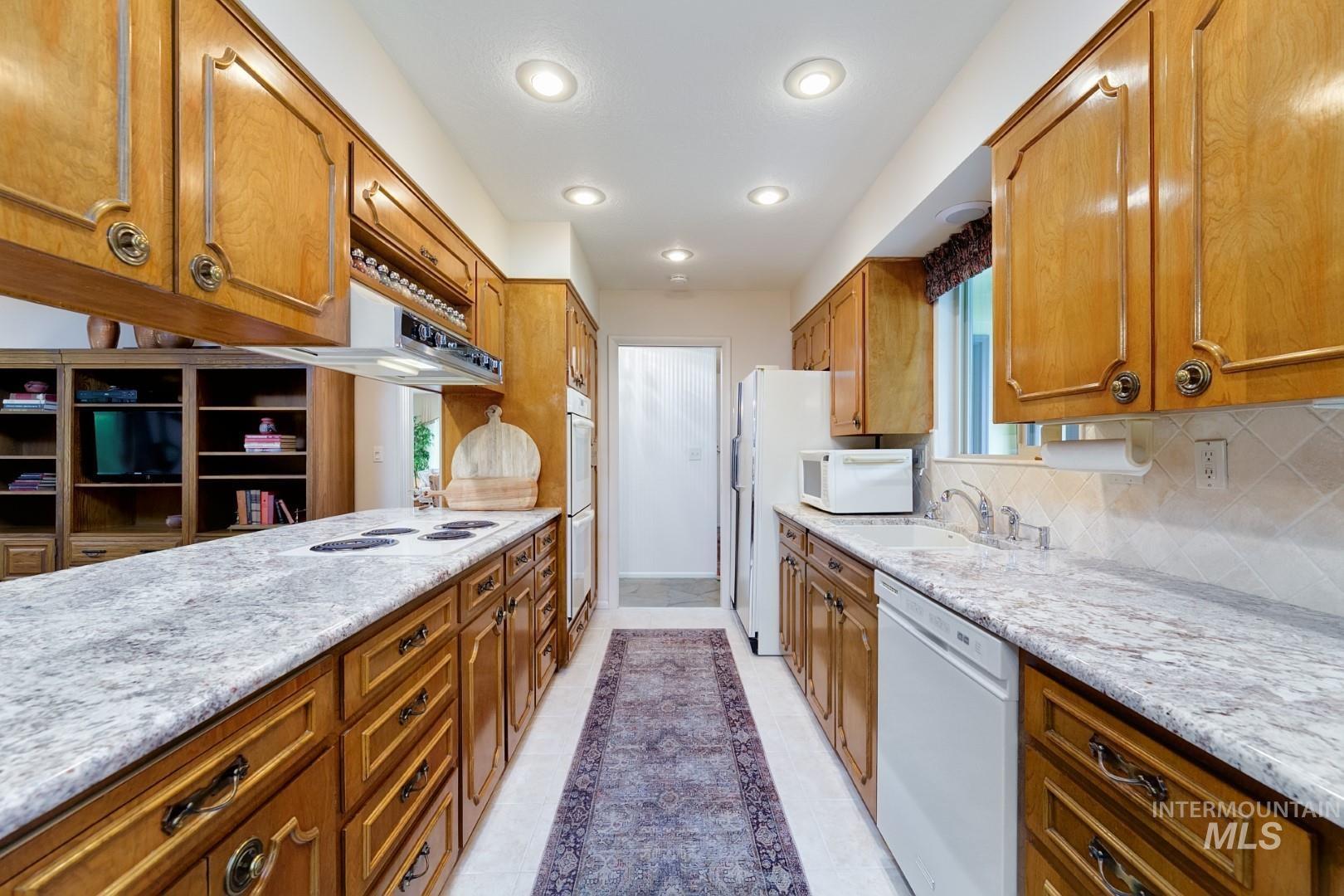 5013 Hillside Ave Property Photo 10