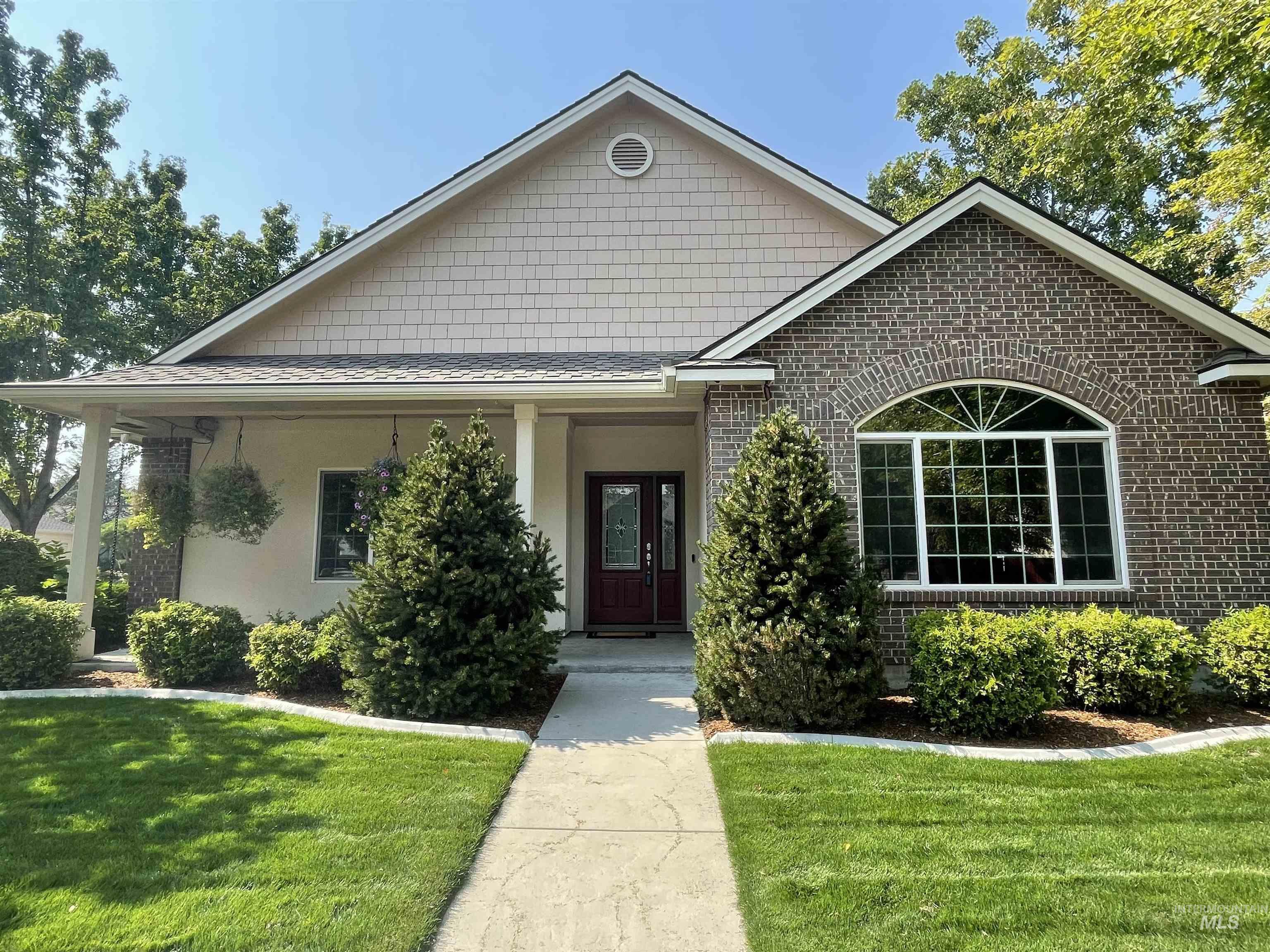 5049 Brookmeadow Way Property Photo