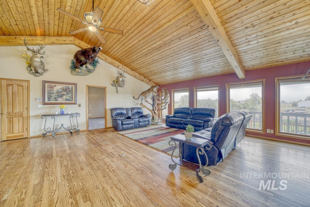 39 Horseshoe Circle Property Photo 5