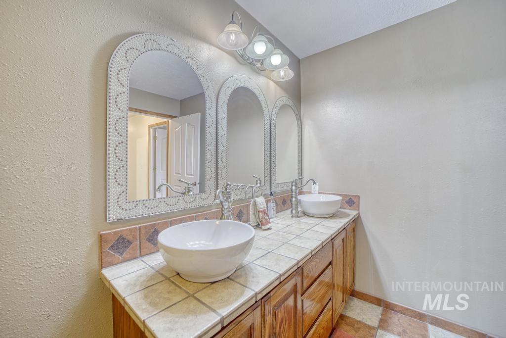39 Horseshoe Circle Property Photo 27
