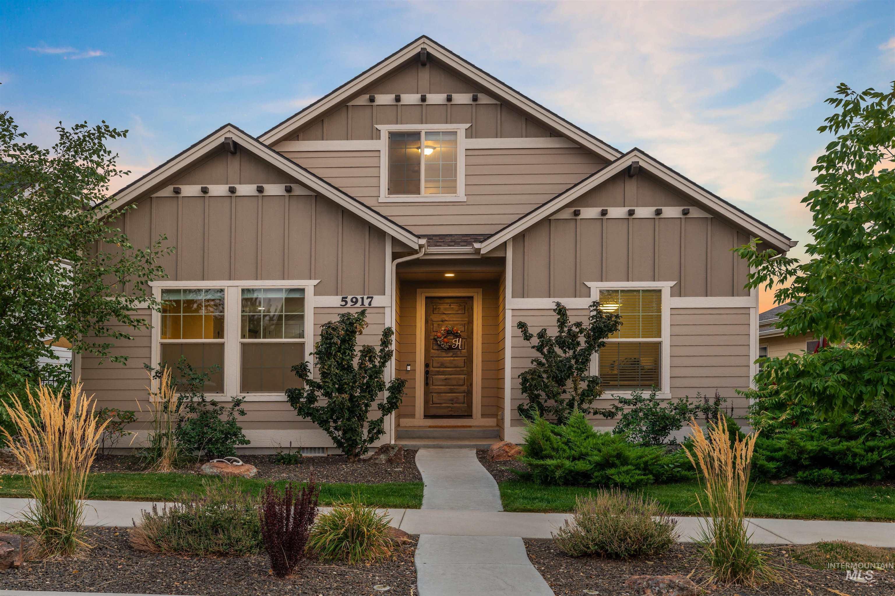 5917 W Beaufort Street Property Photo