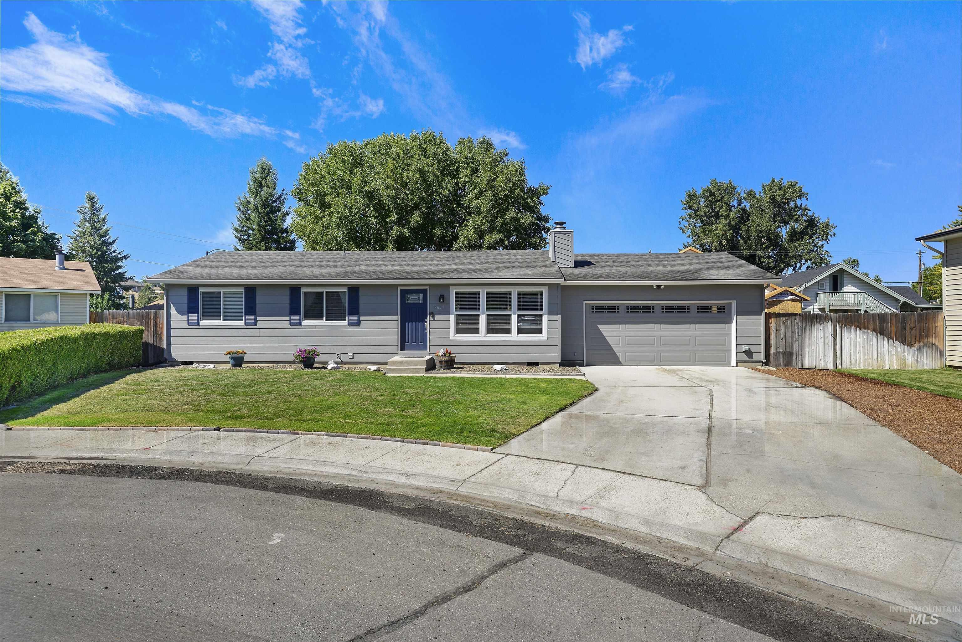5677 N Millwright Avenue Property Photo