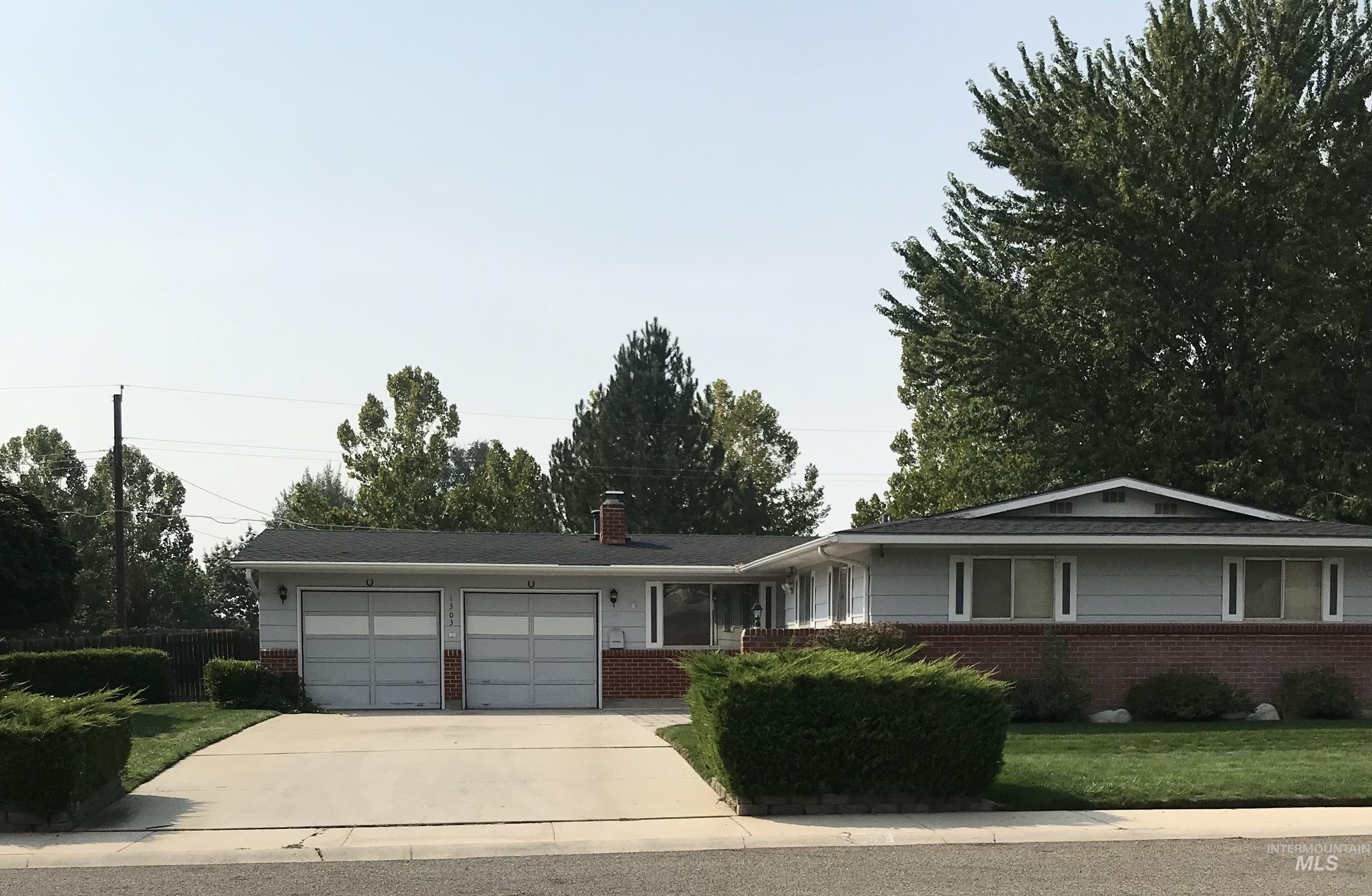 1303 N Owens St. Property Photo