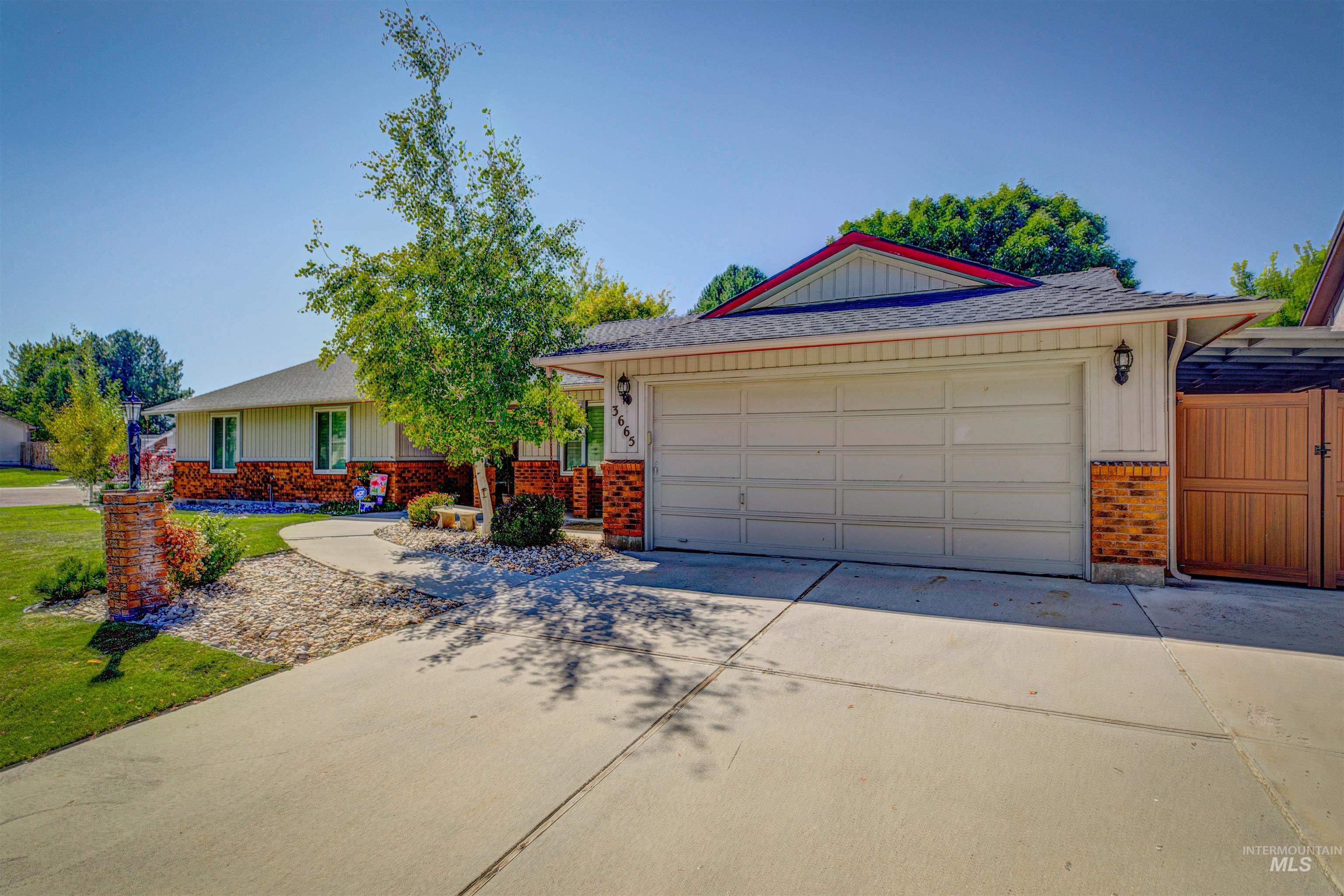 3665 W Woodmont Drive Property Photo