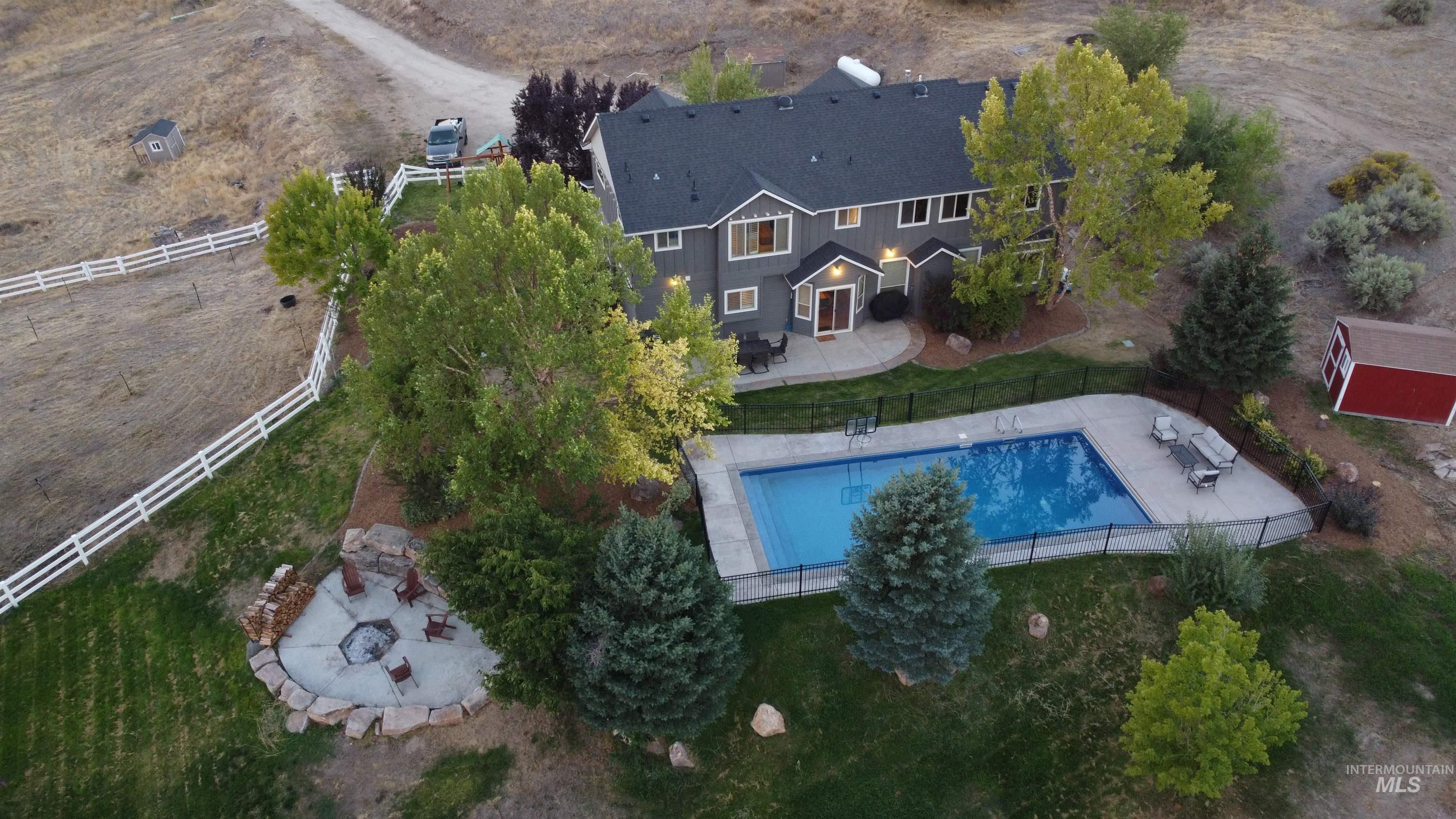 24660 Star Crest Ct Property Photo
