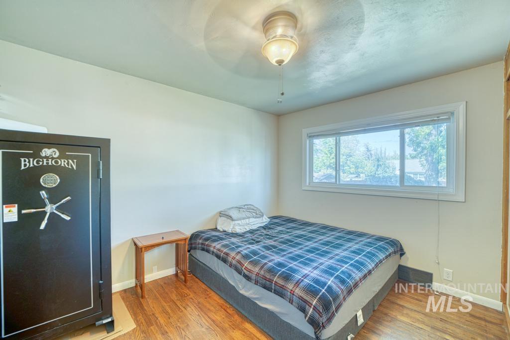 1611 Kimes Avenue Property Photo 12