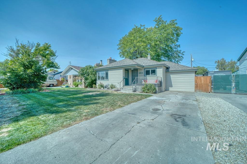 1611 Kimes Avenue Property Photo 25
