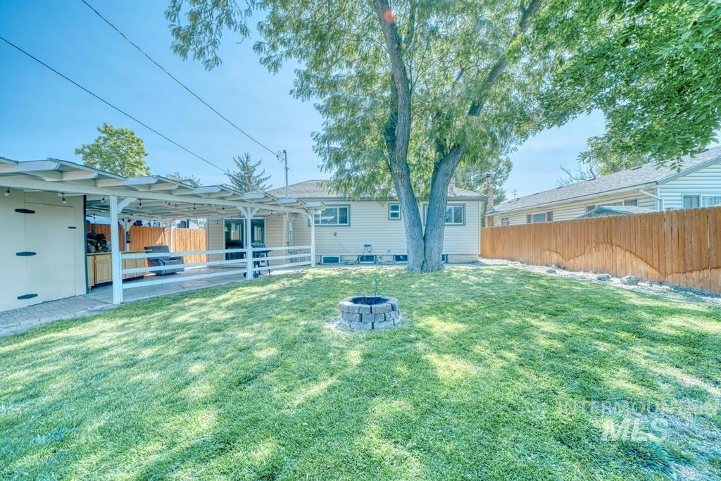 1611 Kimes Avenue Property Photo 30