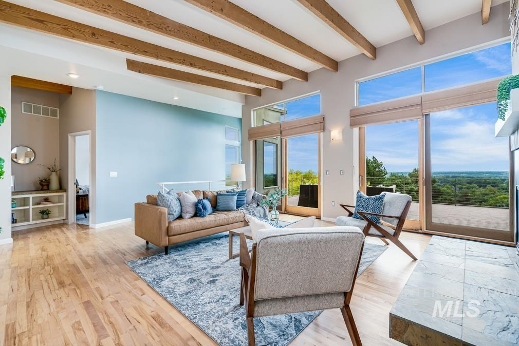 2424 W Spring Mountain Property Photo 8