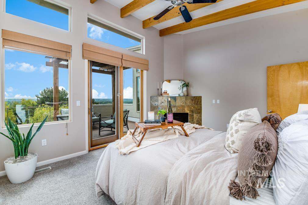 2424 W Spring Mountain Property Photo 13