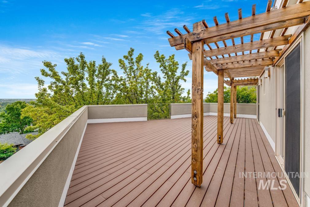 2424 W Spring Mountain Property Photo 40
