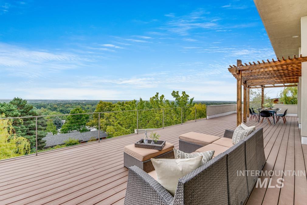2424 W Spring Mountain Property Photo 42