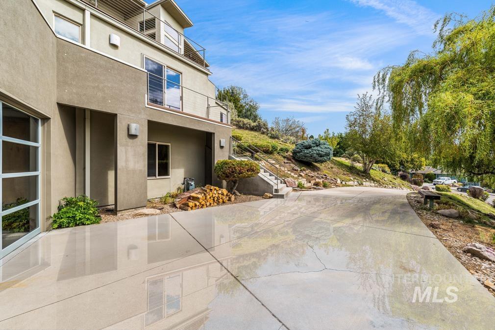 2424 W Spring Mountain Property Photo 46