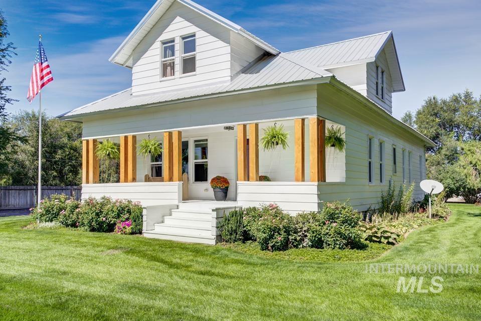 2150 E 1st Street Property Photo