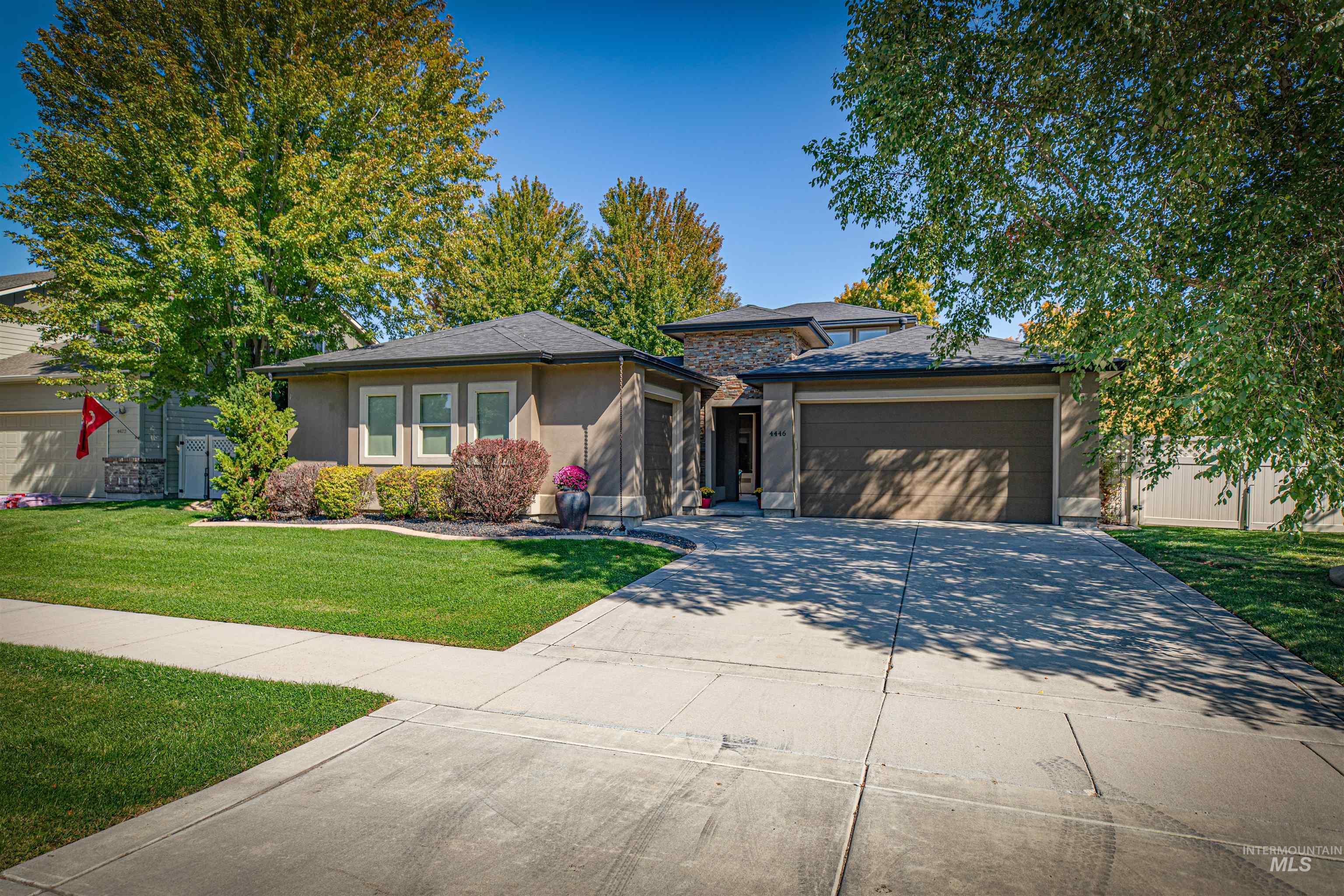 4446 N Abruzzo Ave. Property Photo