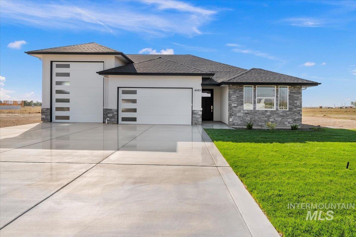 Blue Sage Real Estate Listings Main Image