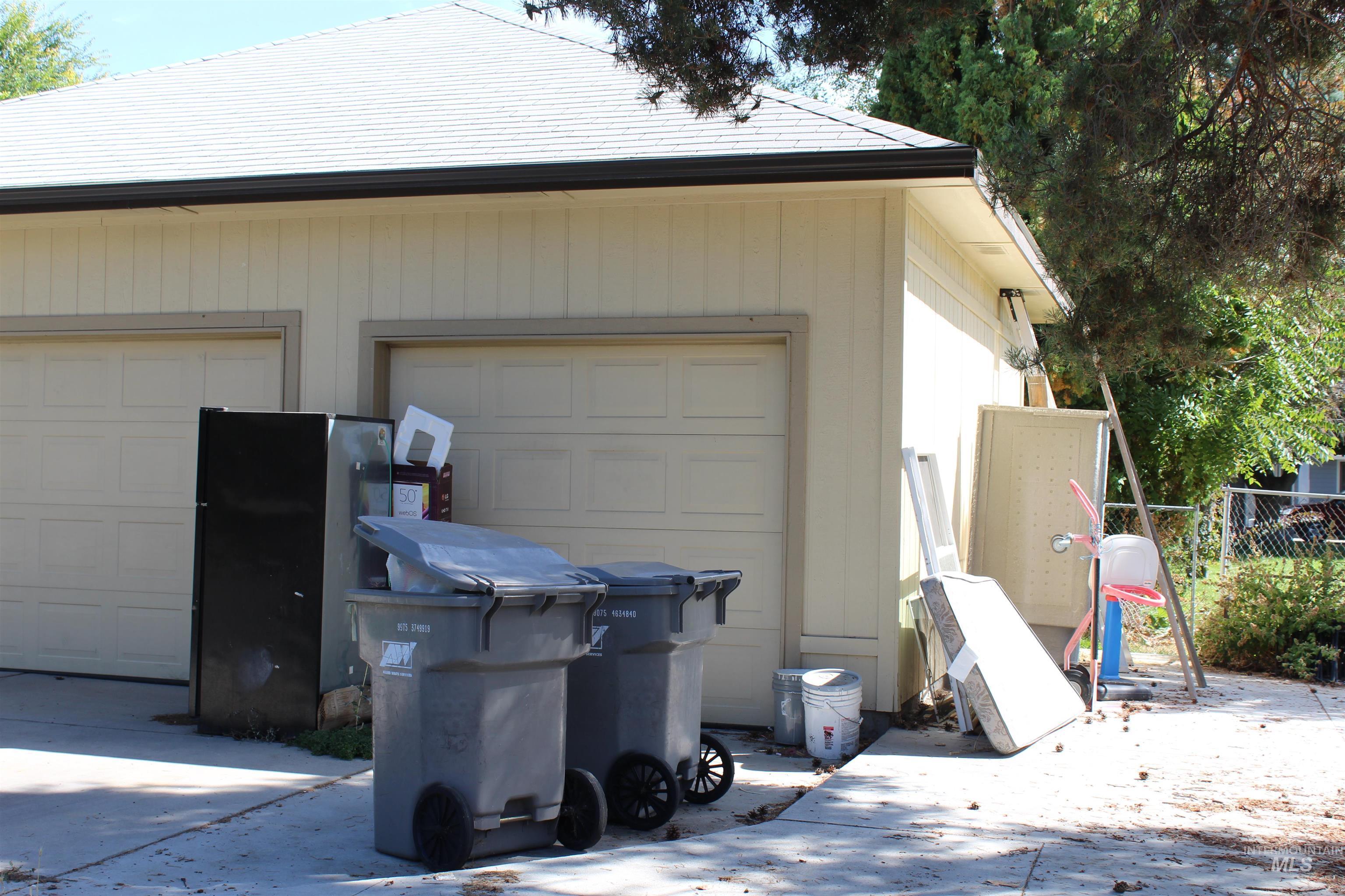 2900 N Tamarack Property Photo 19