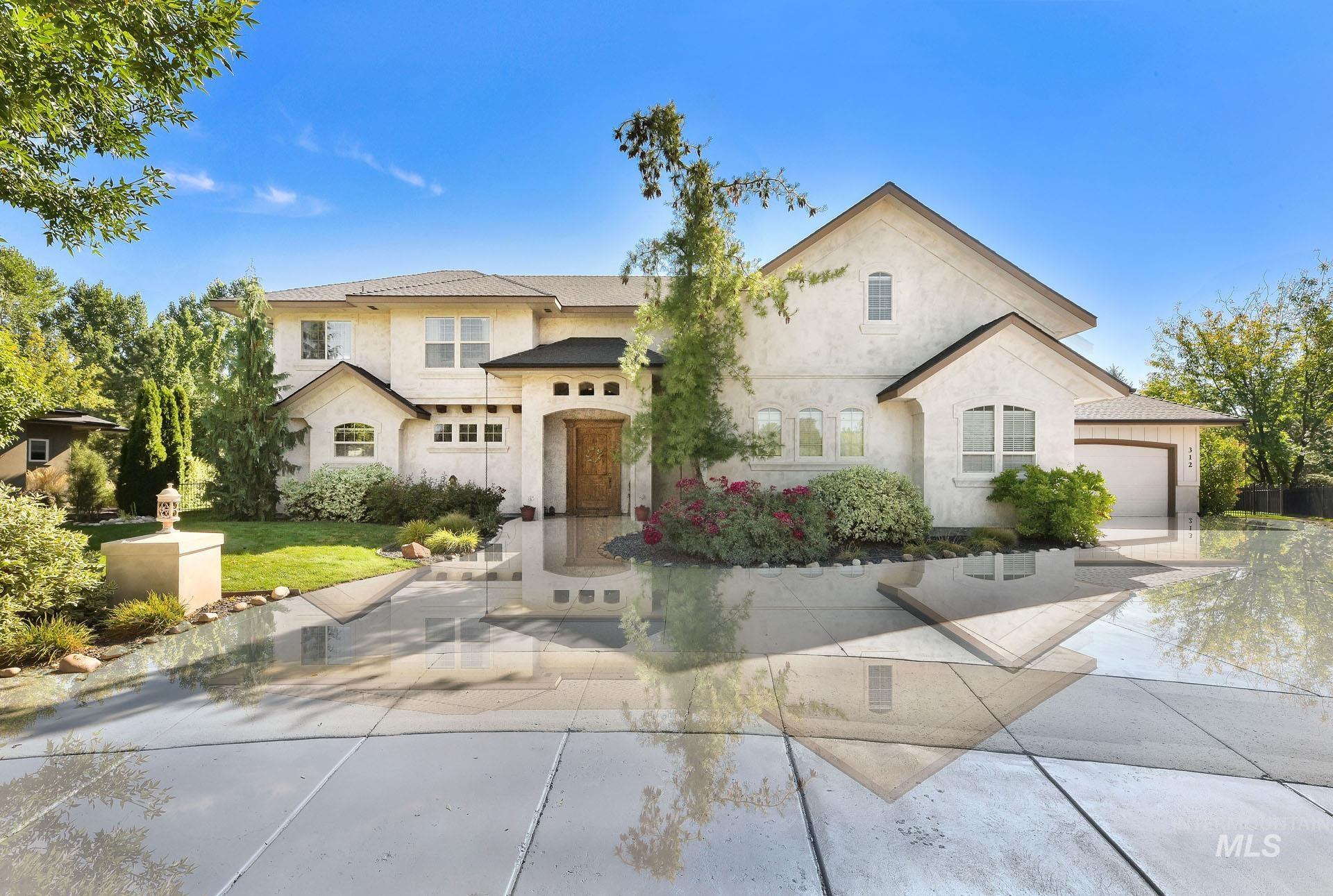 312 W Crystal Brook Property Photo 1