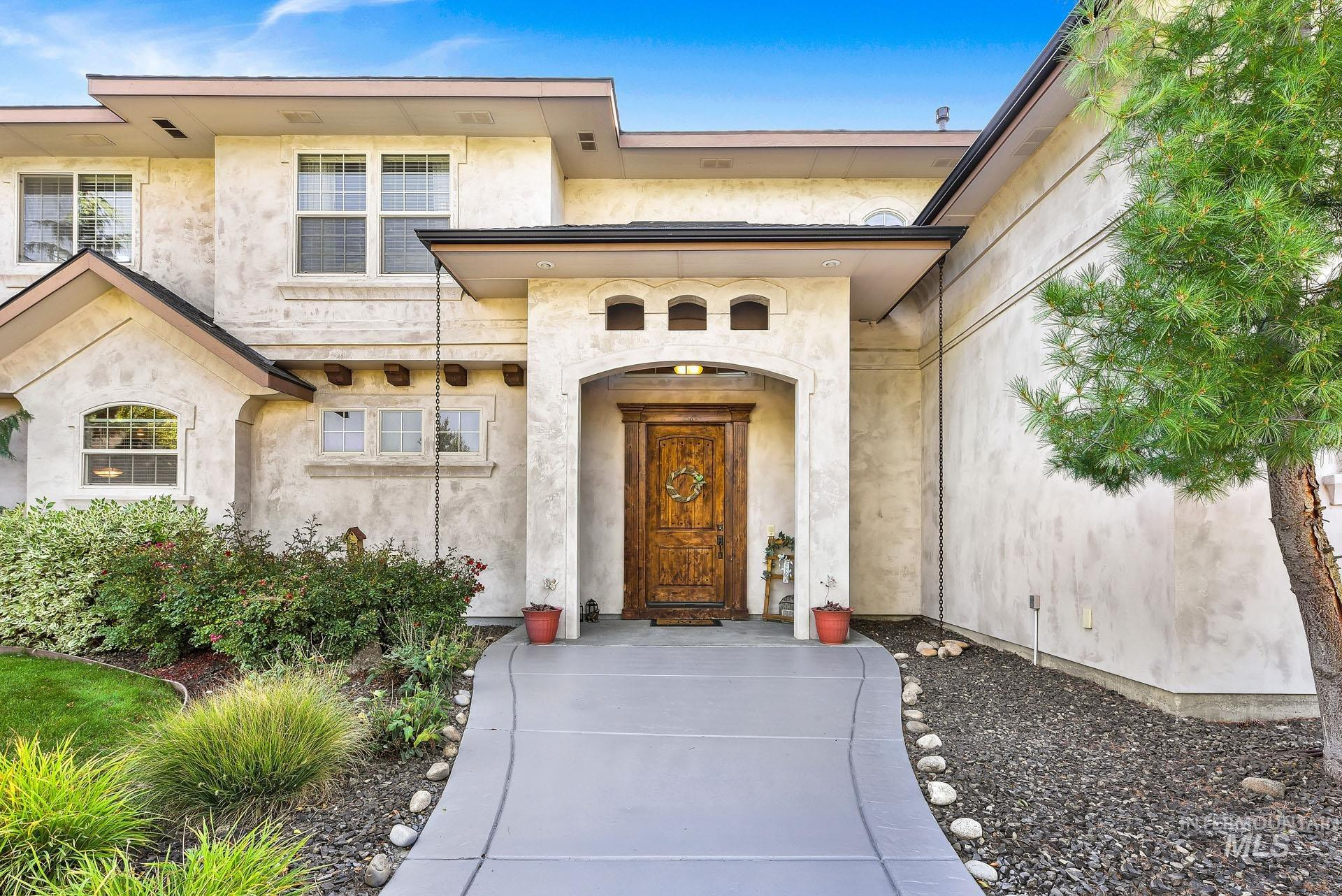 312 W Crystal Brook Property Photo 3
