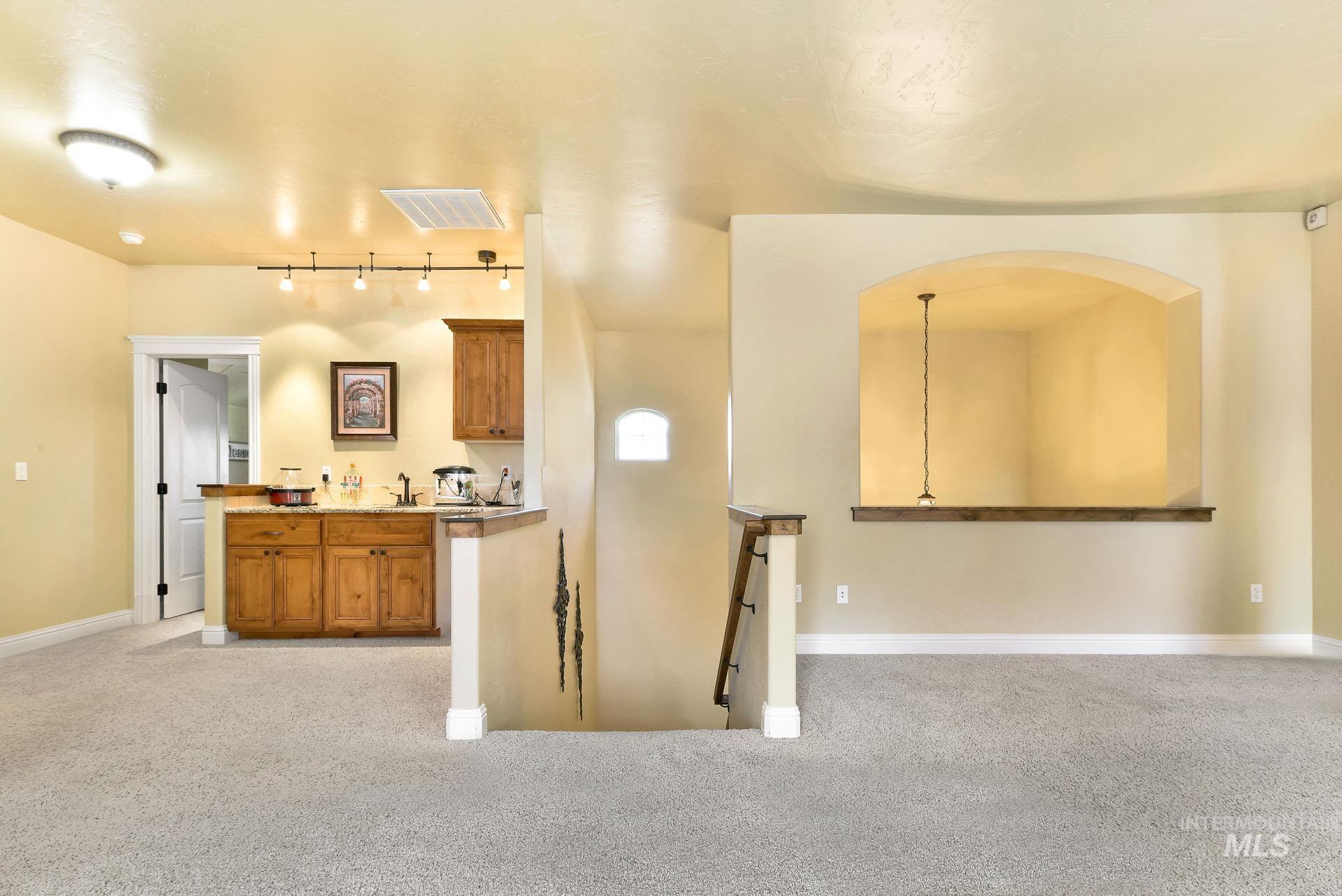 312 W Crystal Brook Property Photo 27