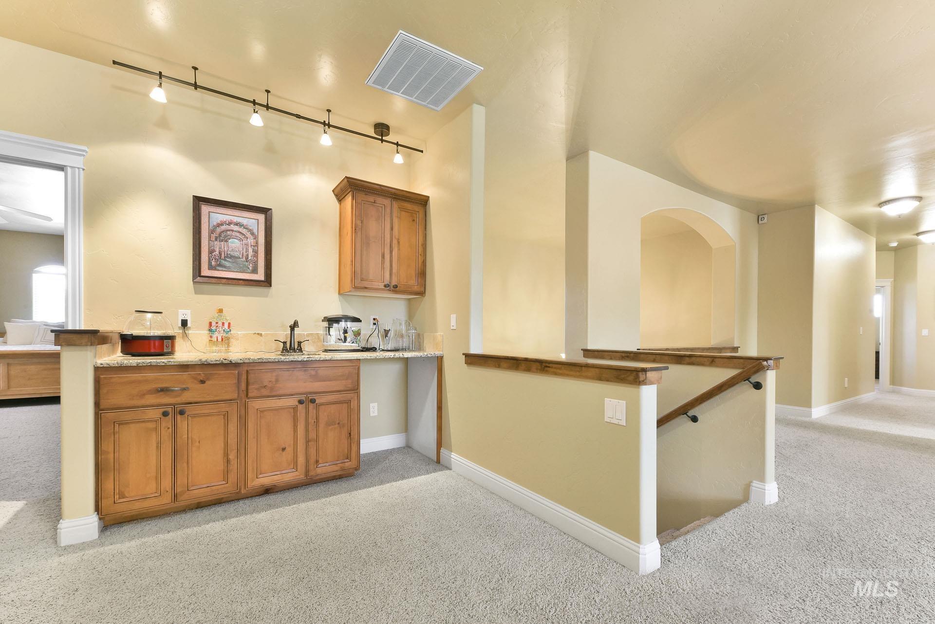 312 W Crystal Brook Property Photo 28