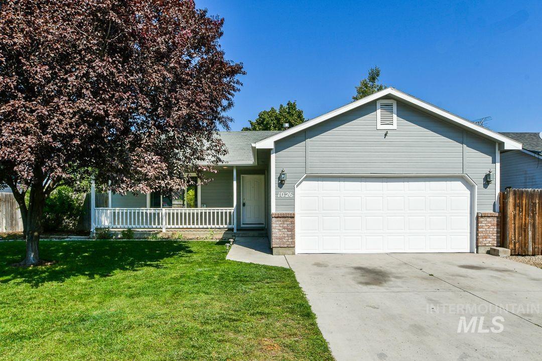 1026 W Edwards Ave Property Photo