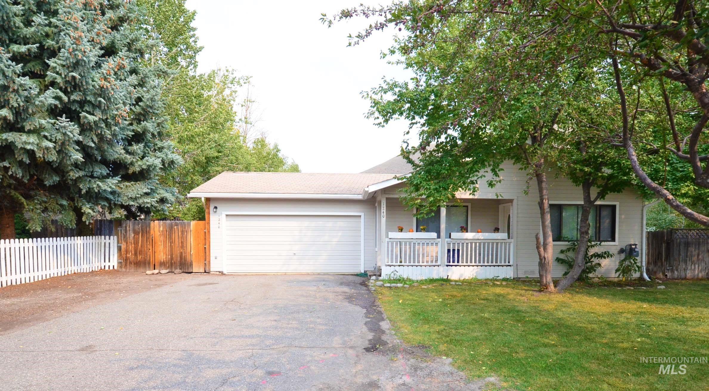 1240 Aspen Valley Property Photo 1