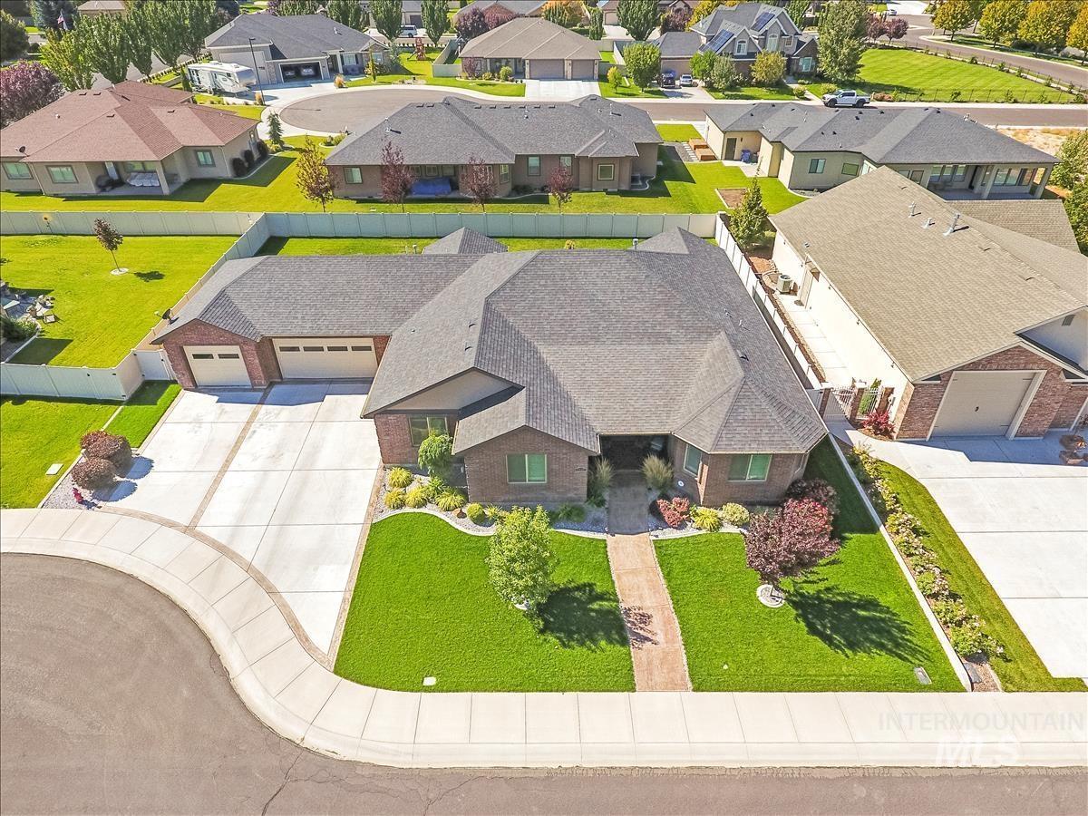 1329 Young Circle Property Image