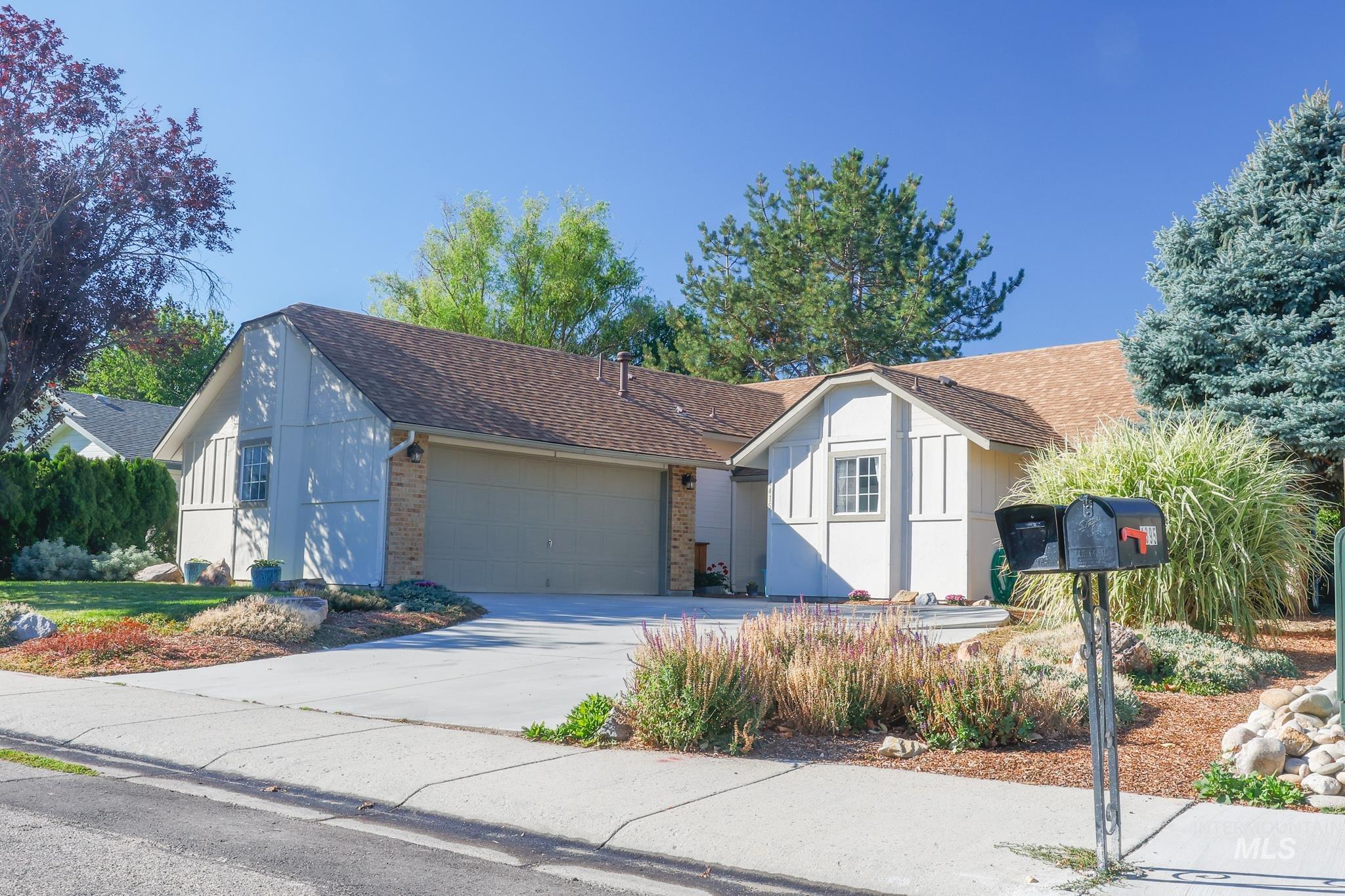 4415 S Rimview Way Property Photo 1