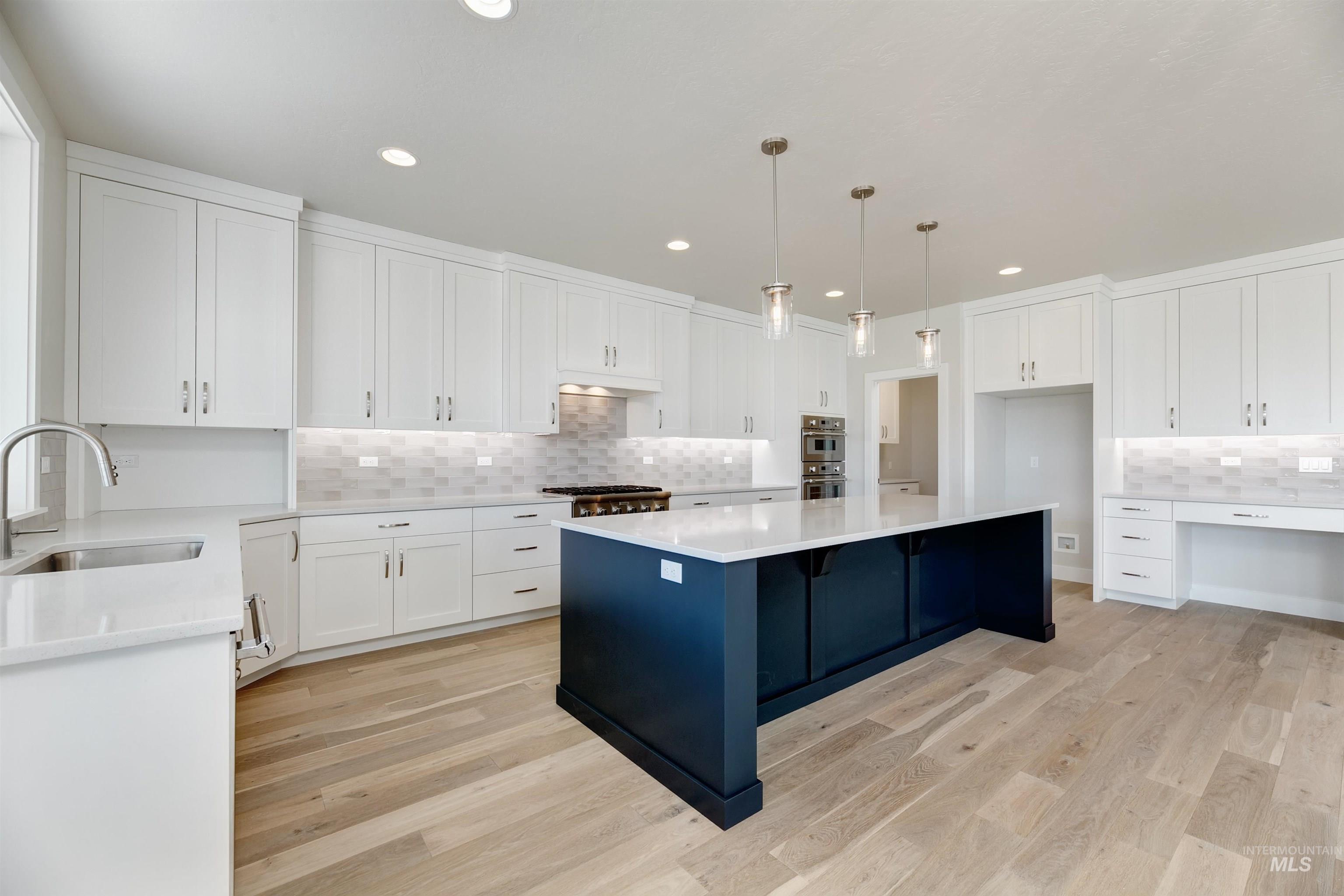 Crescent Lake Real Estate Listings Main Image