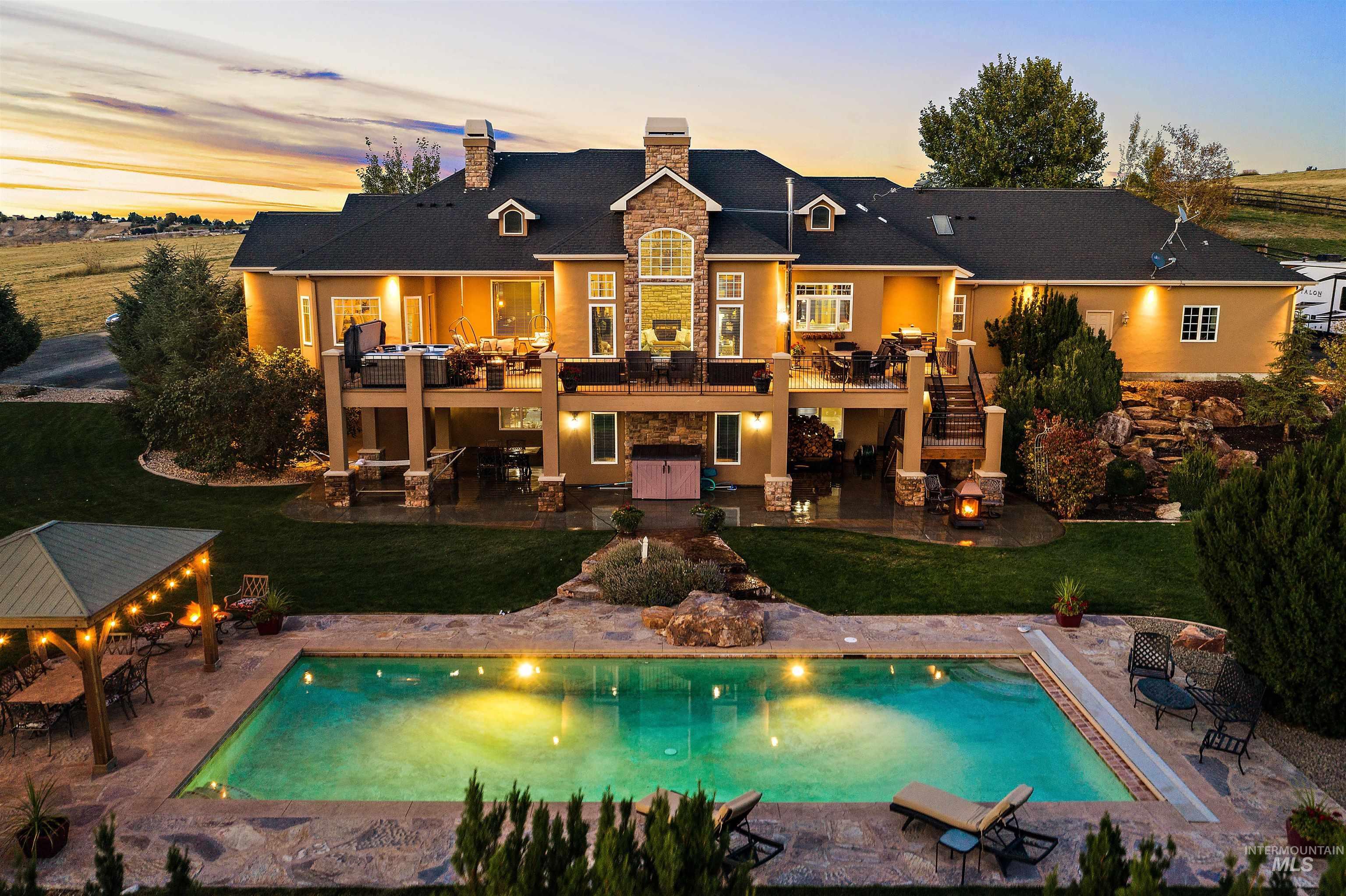 10430 Randall Ln Property Photo