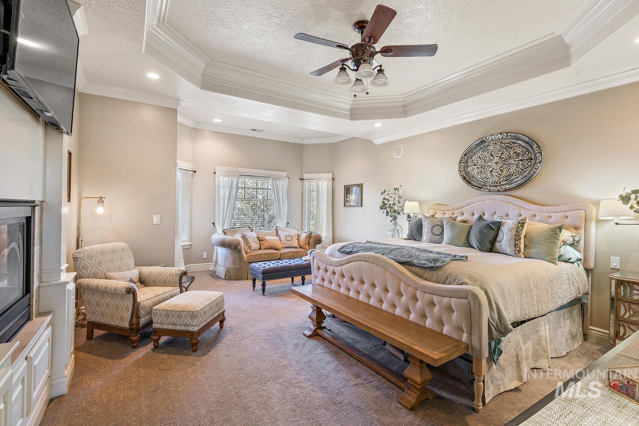 10430 Randall Ln Property Photo 14