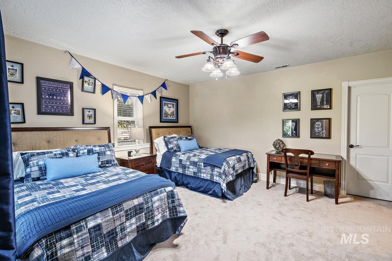 10430 Randall Ln Property Photo 21