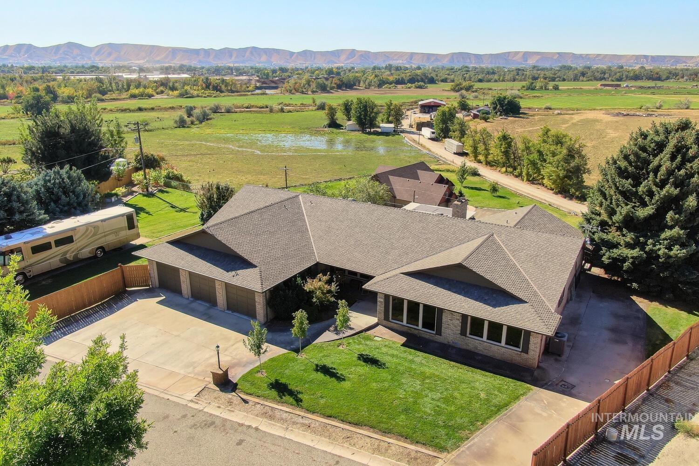 Bonnie Laura Real Estate Listings Main Image