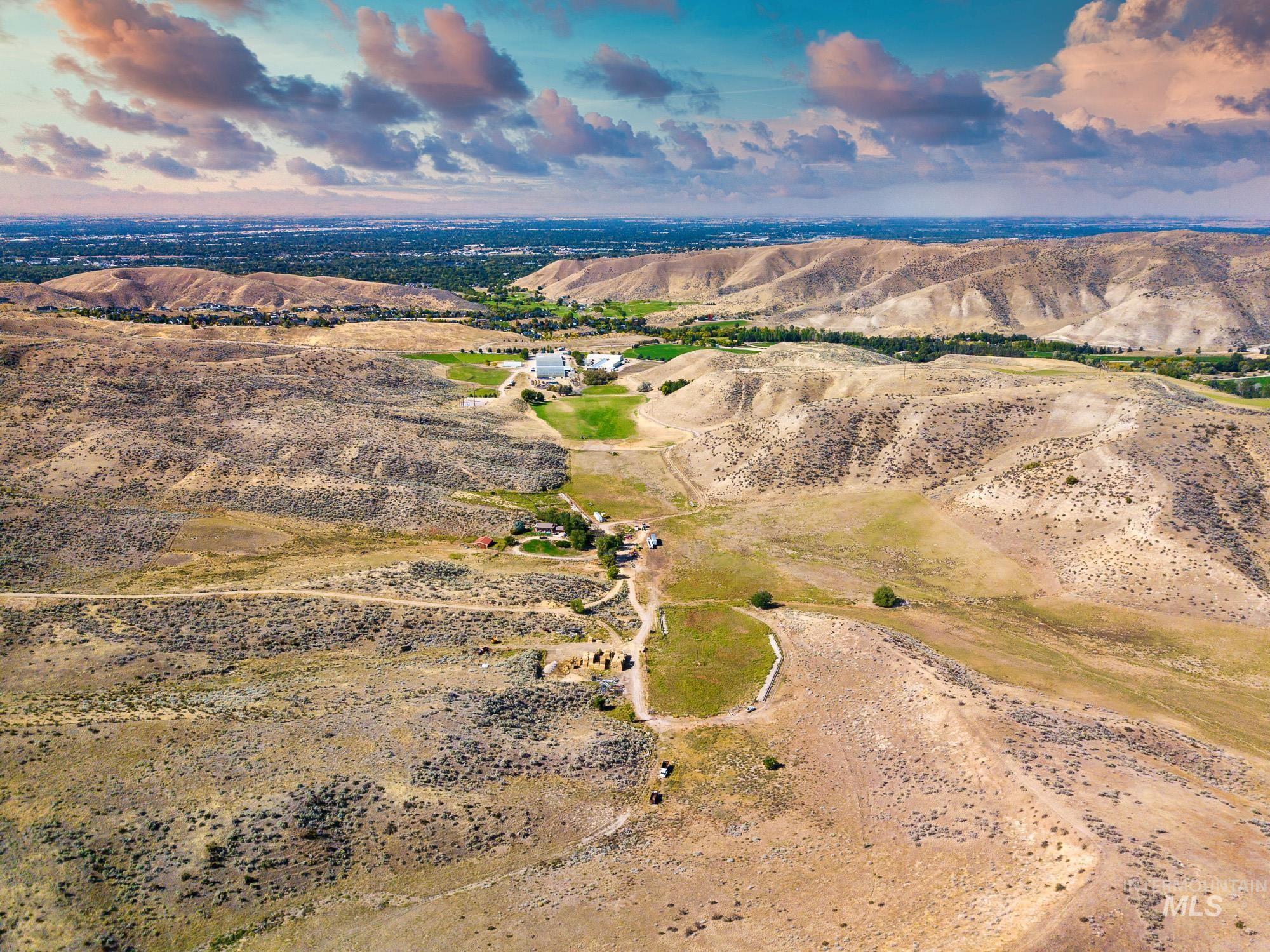 5125 N Bogus Basin Rd Property Photo 8