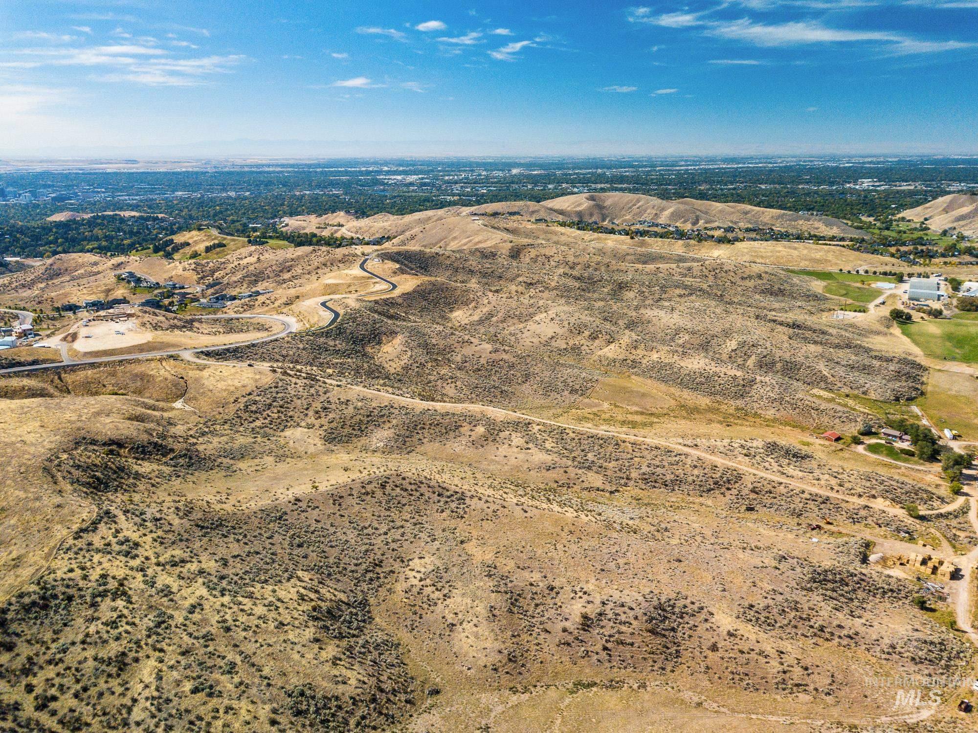 5125 N Bogus Basin Rd Property Photo 9