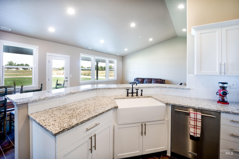 4100 W Columbia Rd Property Photo 15